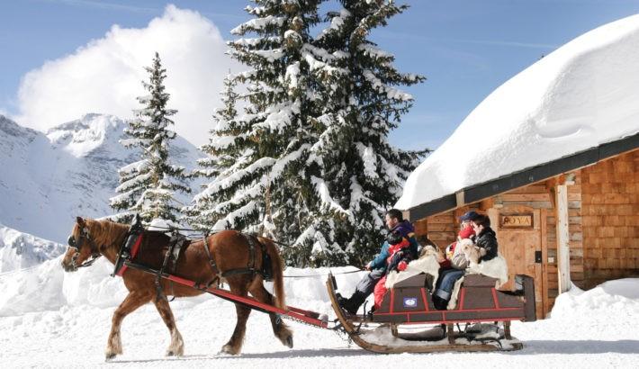 Avoriaz cheval chalet neige